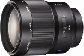 Sony 135mm f/1.8 Carl Zeiss